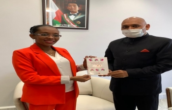 Ambassador Abhay Kumar met H.E  Assoumacou Elia Béatrice, the Minister of Higher Education of Madagascar on 22 September 2020  to discuss about promoting ties in the field of higher education between India and Madagascar