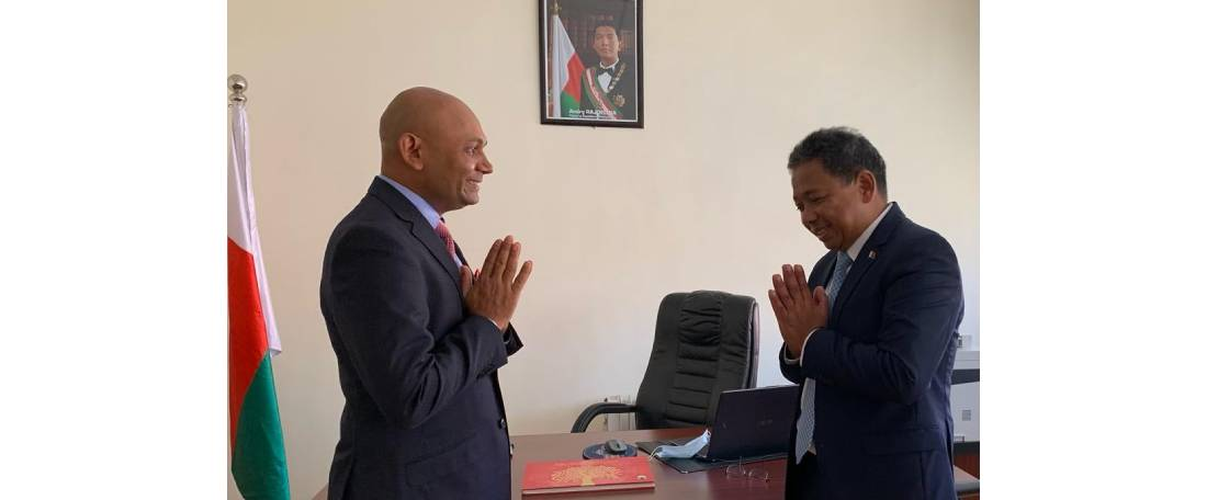 Ambassador Abhay Kumar met H.E.  Ramaherijaona Andriamanohisoa, Hon'ble Minister of Telecommunications, Post and Digitisation of Madagascar  and discussed ways to deepen cooperation between India and Madagascar in telecommunications sector.