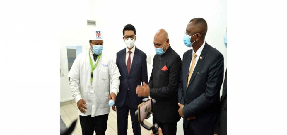 H.E. President Andry Rajoelina of Madagascar inaugurated the Advanced digital cobalt therapy machine Bhabhatron-II donated by the Government of India to Madagascar in presence of Hon'ble Minister of Health Rakotovao Hanitrala Jean Louis and Ambassador Abhay Kumar.  It will treat 50 cancer patients everyday.