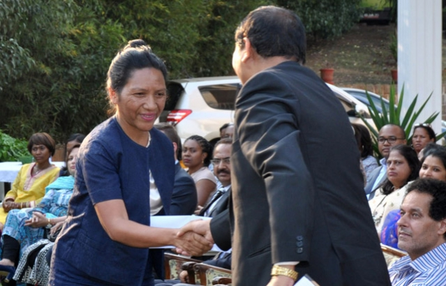 Ambassador welcomes the Chief Guest